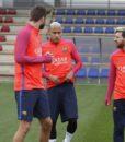 Тренировочная форма Барселона (фиолетовый рукав) (Barcelona) (4)