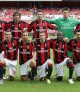Фанатская-футболка-Милан-дом-красно-черный-(Associazione-CalcioMilan)-4